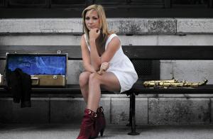 Monika Cierna live Sax